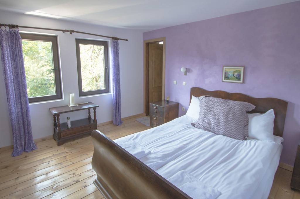 Lavendar_Bedroom2